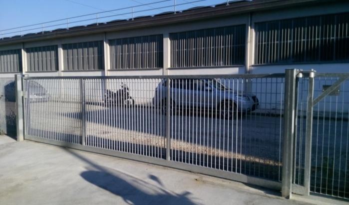 cancello industriale scorrevole grigliato firenze pistoia prato