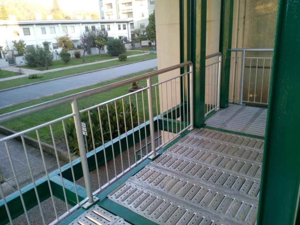 Ringhiere prezzi on line ringhiere recinzioni for Copri muro esterno prezzi