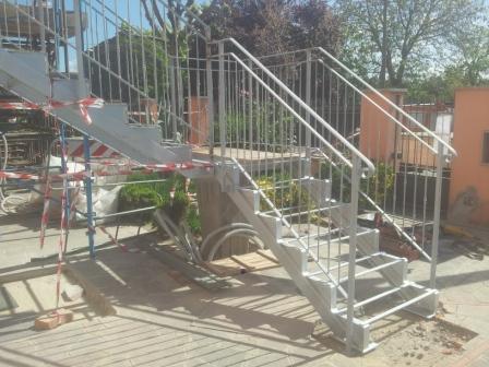 Scale du misura firenze scale di sicurezza scale per interni scale per esterni scale in - Scala da giardino ...