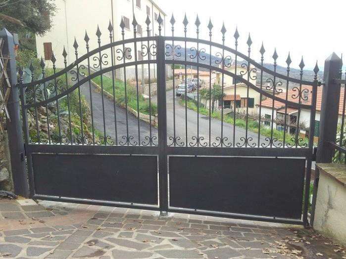 Cancello A Due Ante Battenti.Cancelli Su Misura Prezzi On Line Cancelli Carrabili Cancelli