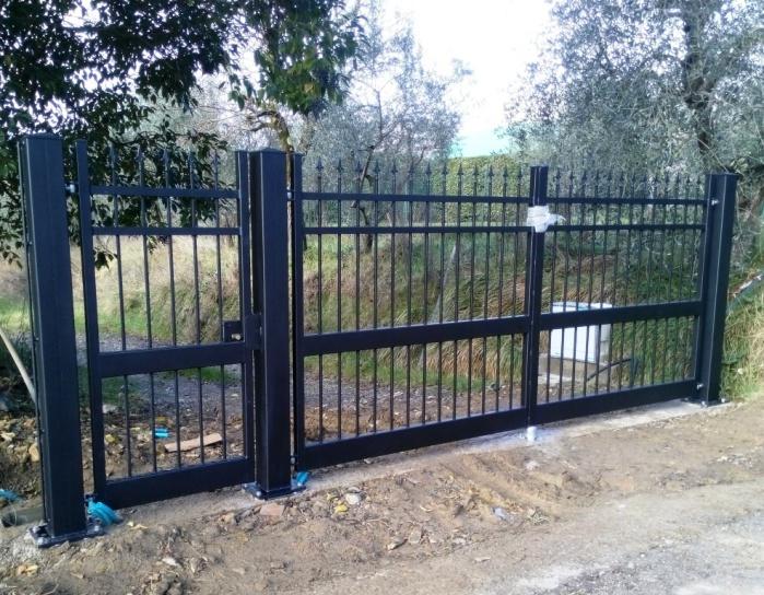 Cancello carrabile con cancellino pedonale  Firenze Pistoia Prato Toscana